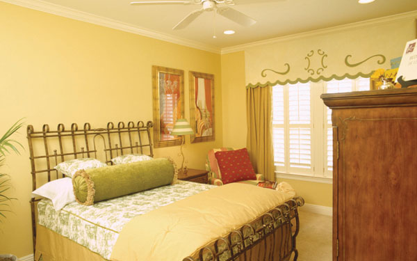 cheerful yellow bedroom