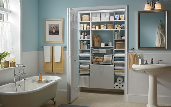 Large luxury master bath with open and spacious linen closet