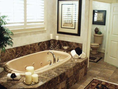 Garden tub ideas home ideas modern home design for How to decorate a garden tub bathroom