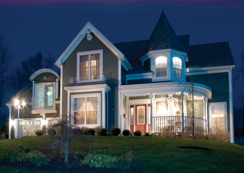 Traditional Home Outdoor Lighting