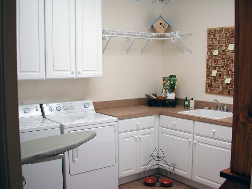 Southern Home Laundry Room