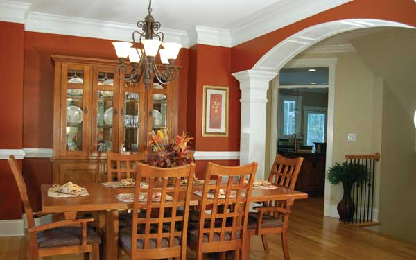 Craftsman Style Dining Room With Hutch