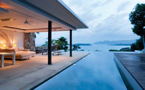 luxury infinity pool