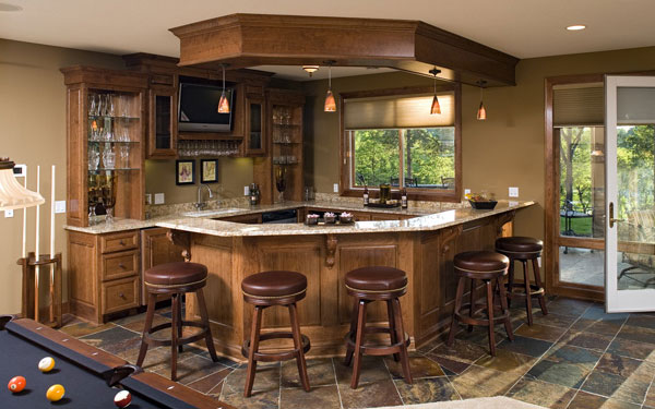 Ordinaire Angled Wet Bar With Seating For Five People