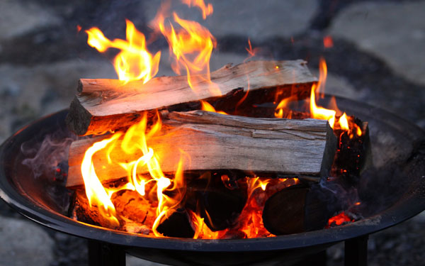 Backyard Bonfire Safety : Fire Pit Safety  House Plans and More