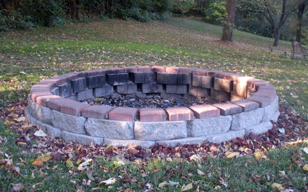 Building Plans for a Brick Fire Pit | Reference.com Answers